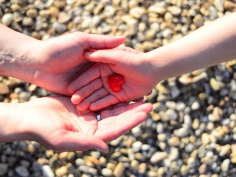 Laskavost-srdce-na-dlani